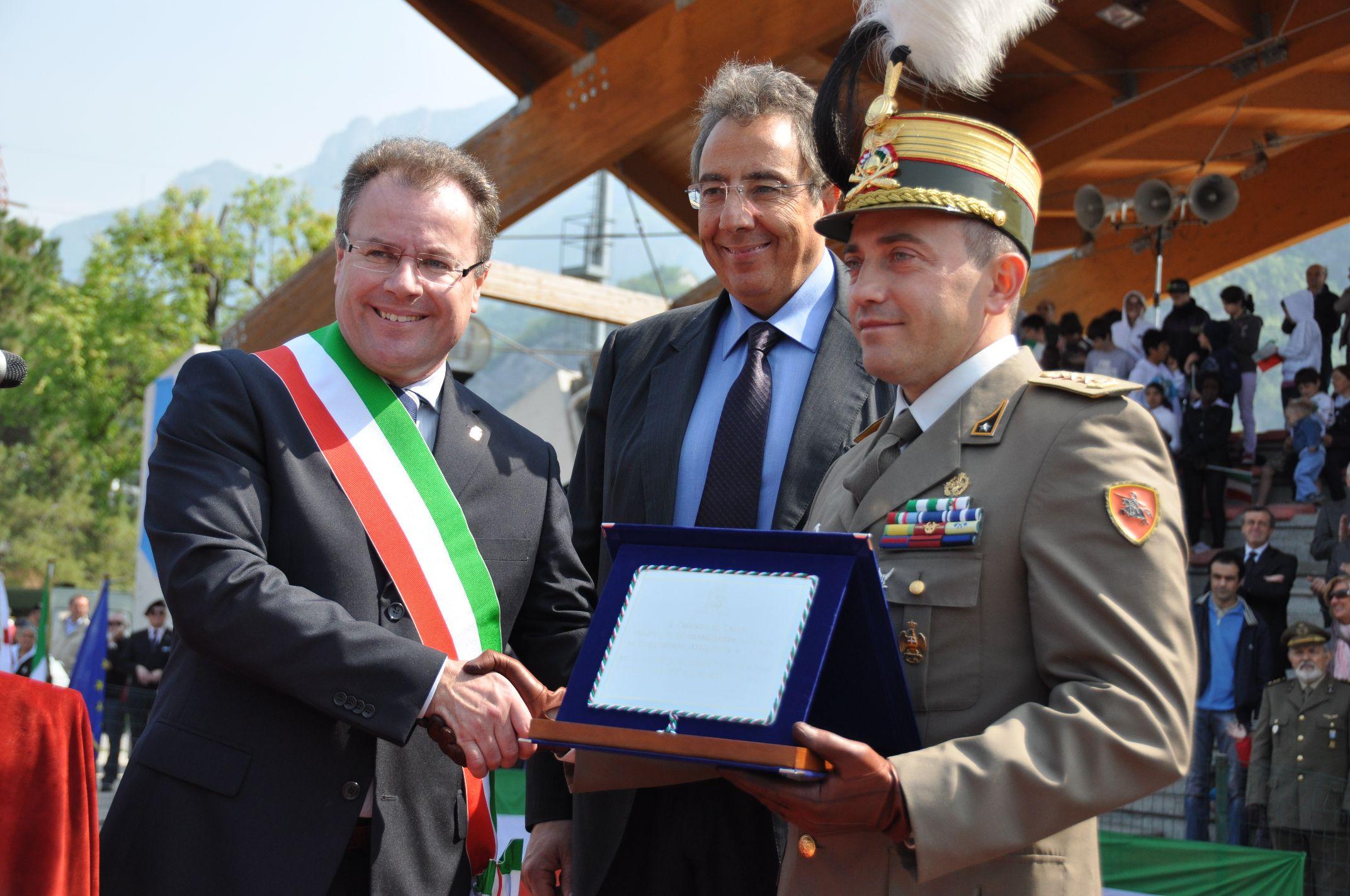 Conferimento alle Voloire della cittadinanza onoraria di Lecco