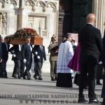 2015 04 15 funerali vittime strage milano 4 (Copia)